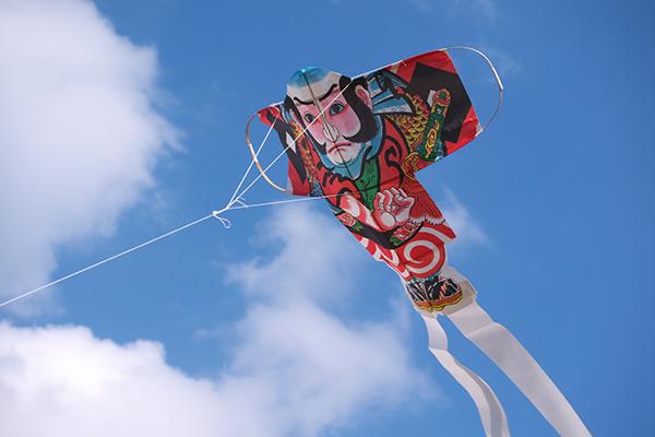 子どもに教えてあげたい!日本の楽しいお正月遊び3つ